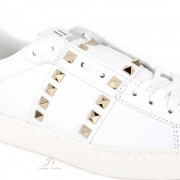 VALENTINO GARAVANI ROCKSTUD UNTITLED SNEAKER IN CALFSKIN LEATHER
