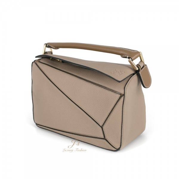 LOEWE Puzzle small leather shoulder bag in Sand/Mink Grained Calfskin