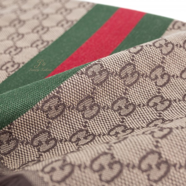 GUCCI GG Scarf in Light Brown