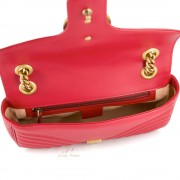 GUCCI GG MARMONT SMALL LEATHER SHOULDER BAG IN RED