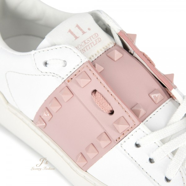 VALENTINO GARAVANI ROCKSTUD UNTITLED TONE-ON-TONE STUDDED SNEAKER IN WHITE/PINK CALFSKIN LEATHER